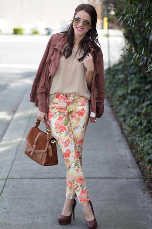 gal-meets-glam-floral-jeans1.jpg