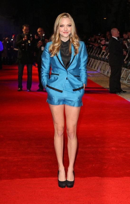 amanda seyfriend-blue-short-suit