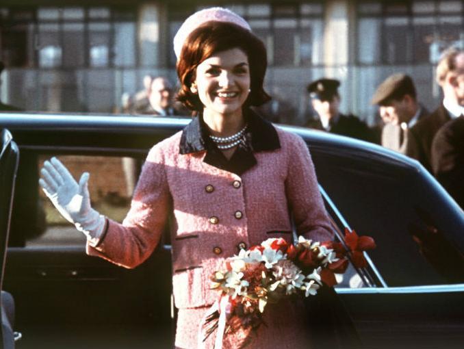 Halloween Costume Ideas - Jackie Kennedy - 1st lady