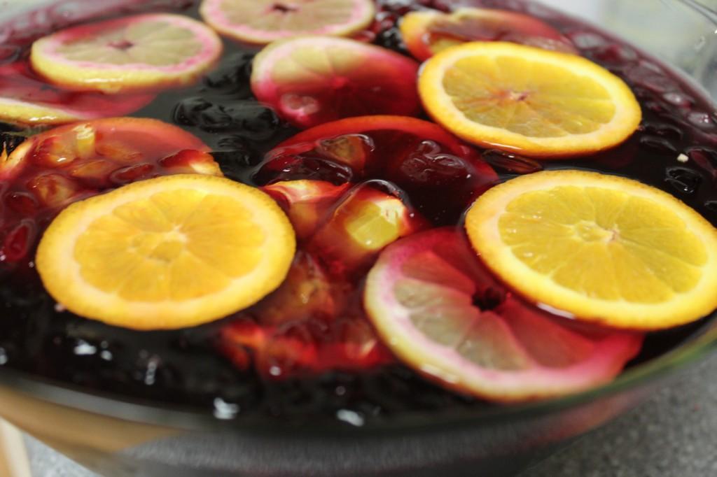 sangria, fruit sangria, lemons, oranges, drinks, cocktails, spanish sangria