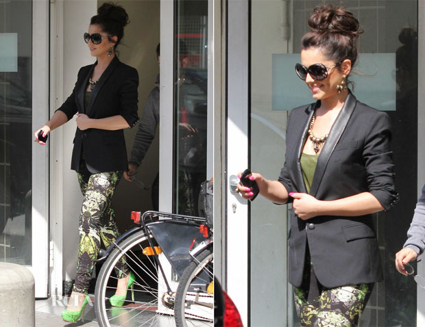Cheryl-Cole-In-Boy-by-Band-of-Outsiders-Helmut-Lang printed leggings radio studios Germany