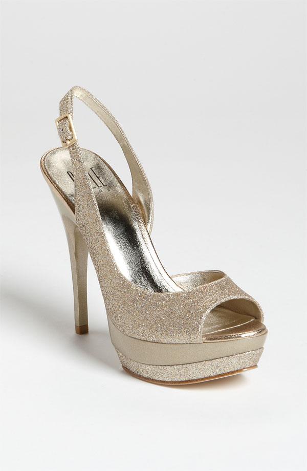 Pelle moda glitter gold peeptoe slingback gleam pump