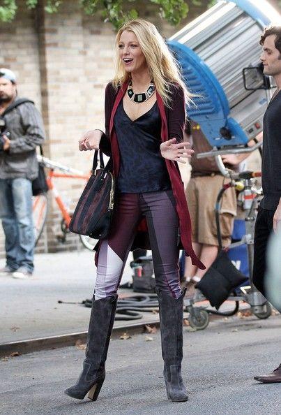 Serena Burberry Orchard striped bag gossip girl Rupert Sanderson boots rag bone jeans Blake_Lively