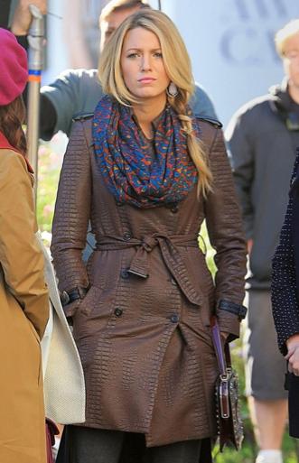 serena van der woodsen walter baker trench coat season 6 gossip girl