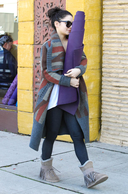 Vanessa Hudgens Leaving Her Post-Christmas Yoga Class