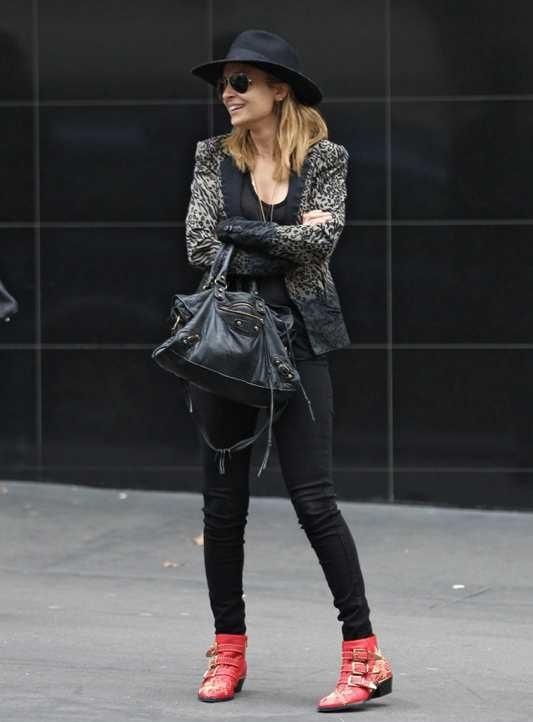 nicole-richie-sydney-preen-line-leopard-bridget-blazer-chloe-red-leather chloe susanna-booties