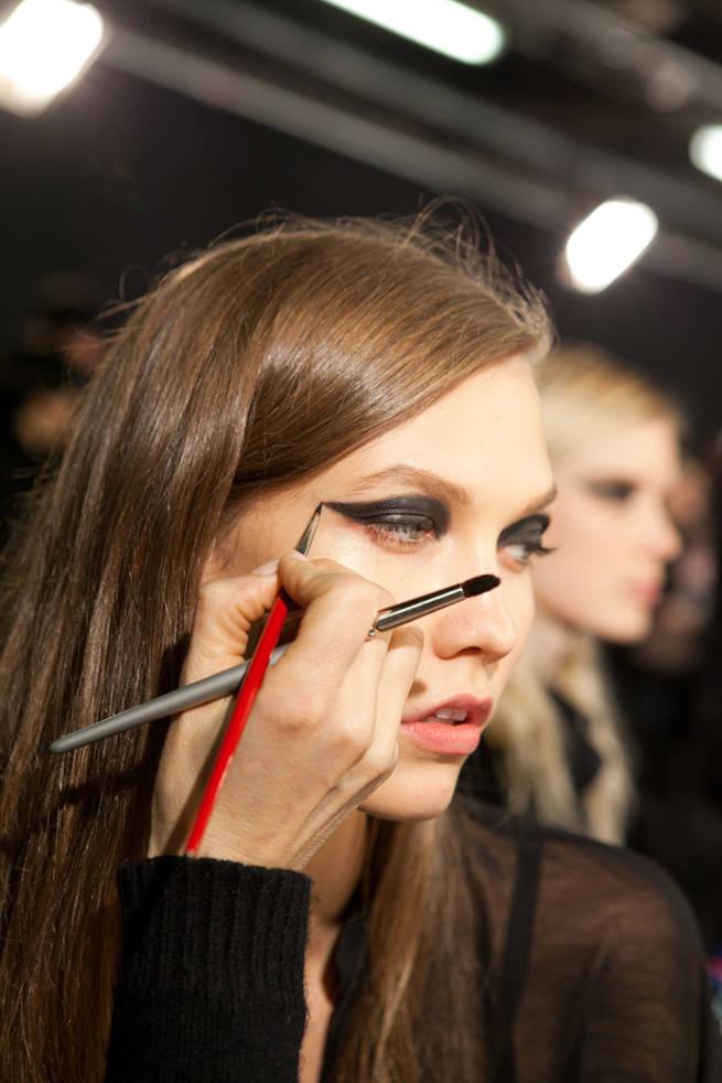 Graphic Eyeliner Tips - winter 2013 Eye Makeup Trends