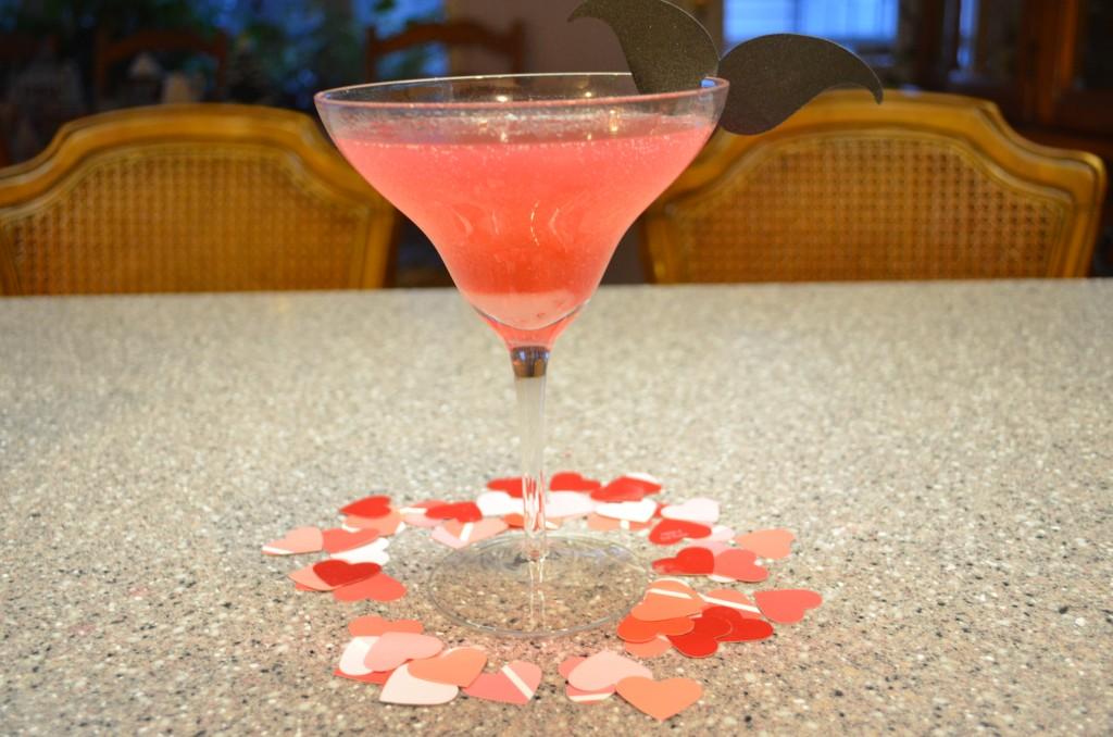 strawberry martini valentines day cocktail diy 5