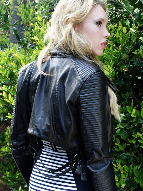 How-To-Wear-A-Cropped-Leather-Jacket-With-A-Dress