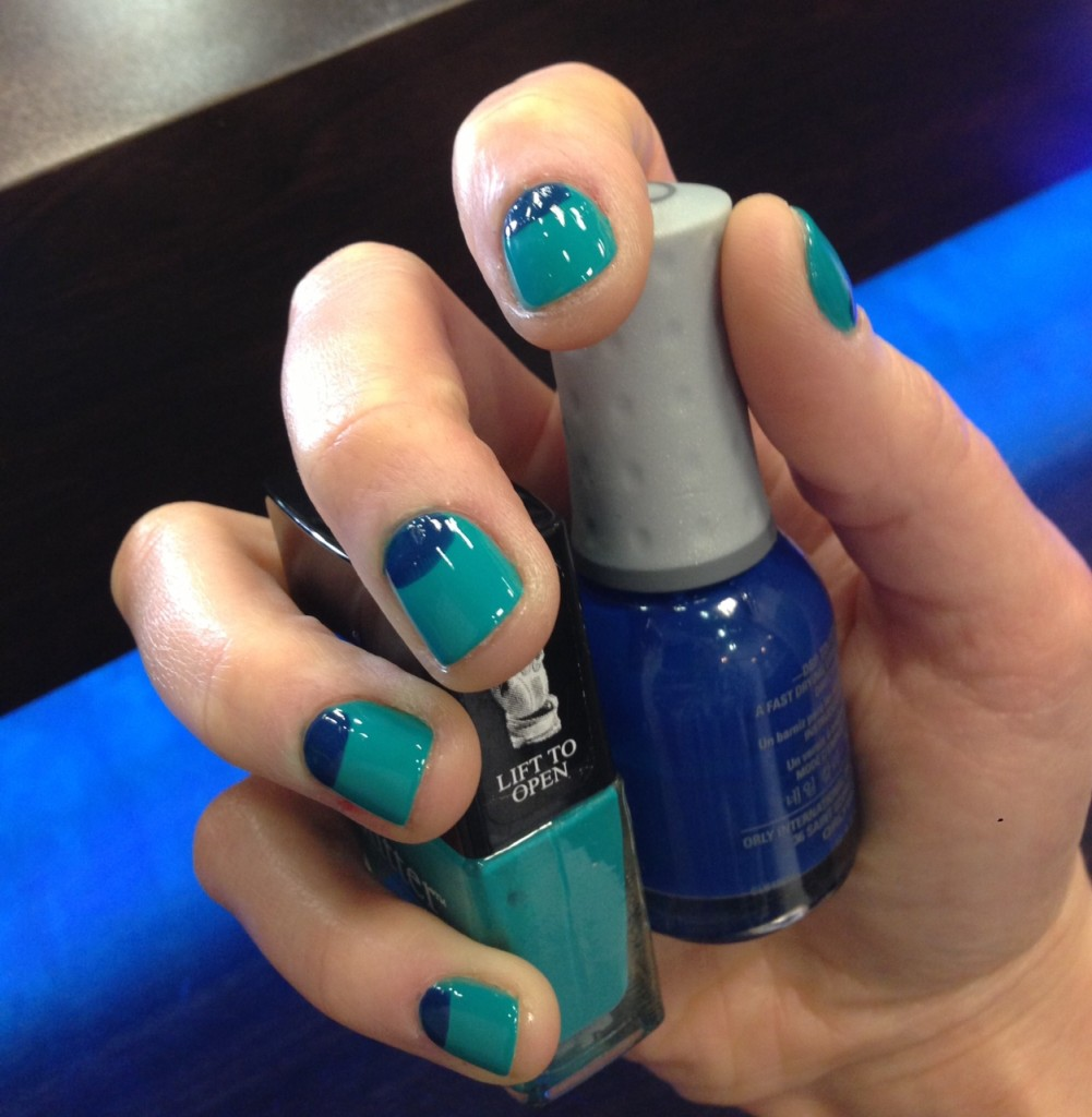 How To: Blue Nail Polish For A Nautical Outfit Or Beach Day