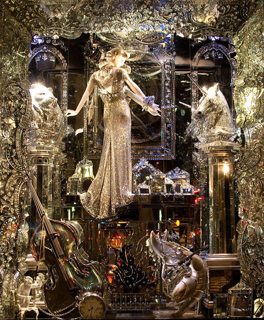 Escape To Bergdorf Goodman In Scatter My Ashes At Bergdorf's