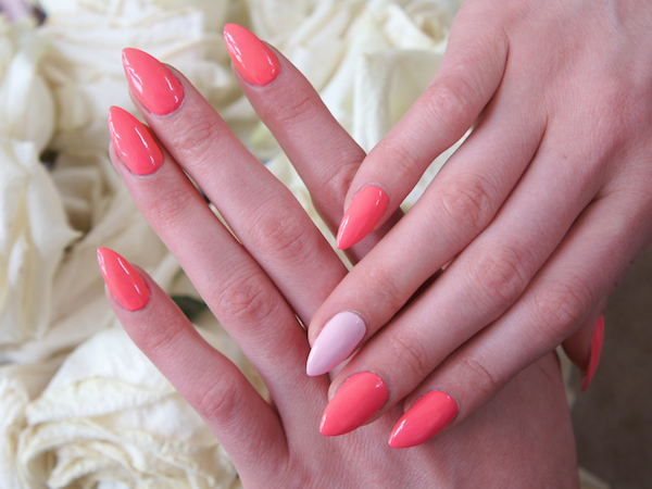 mother's day manicure inspiration - pink claw nails