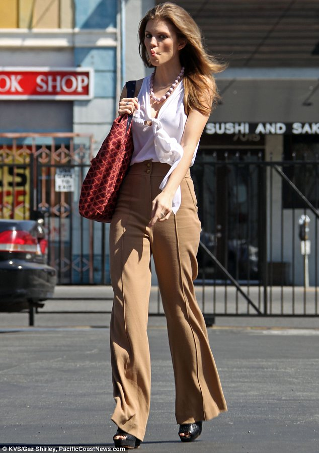 High waisted bell bottoms and palazzo pants worn by annalynne mccord