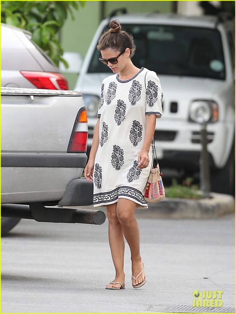 rachel bilson celebrity tkees sandals summer 2013