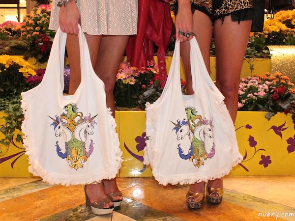 Giveaway: Win A Lauren Moshi Handbag From Singer22