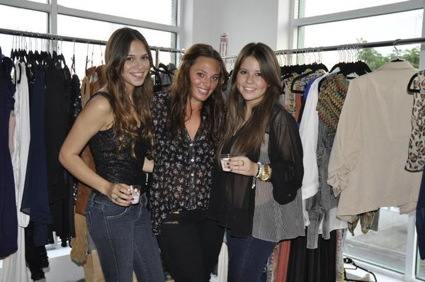 Andaz Hotel San Diego Hosts Shopping Event With Sassy City Chicks