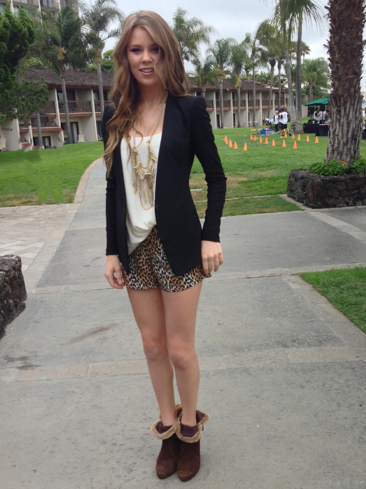 Wendy Williams Show KUSI San Diego Pink Lagoon Fashion 13