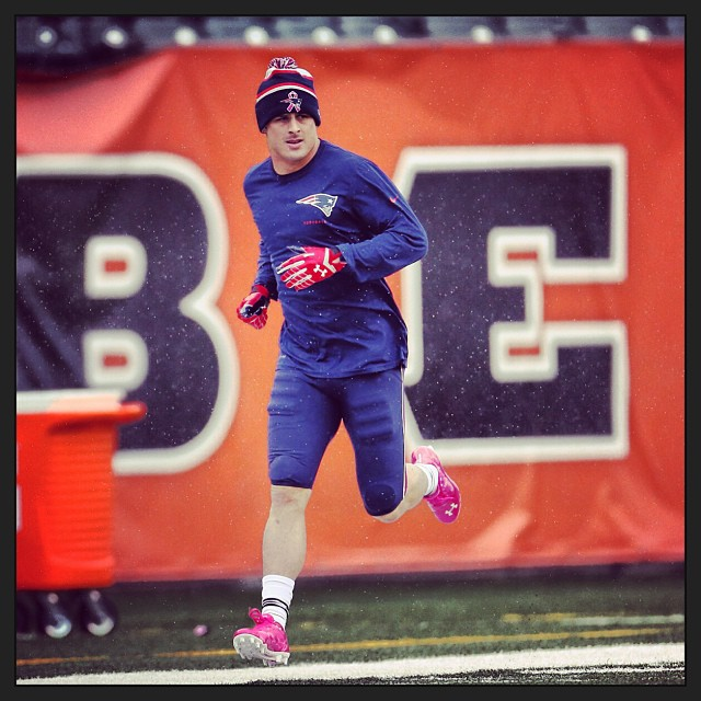 3 Hottest NFL Players Wearing Pink