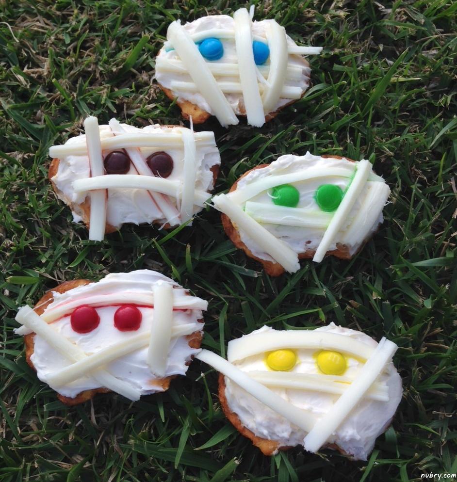 Halloween recipes: Mummy Crackers, Easy Pretzel Crisps Recipe