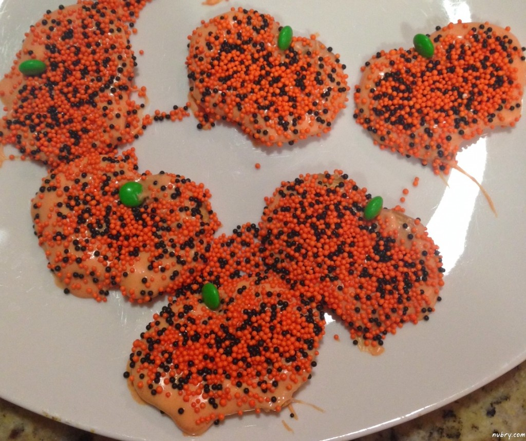 Pumpkin Shaped Pretzel Crisp Cookies