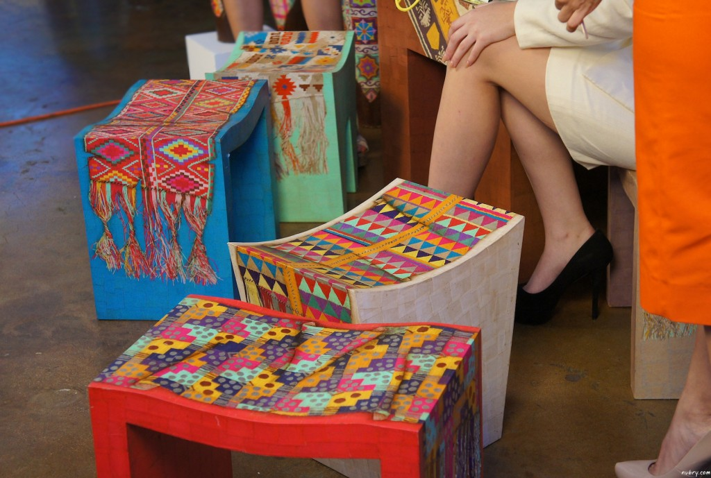 Stools use not paint! Hand-crafted by Arte de Origen