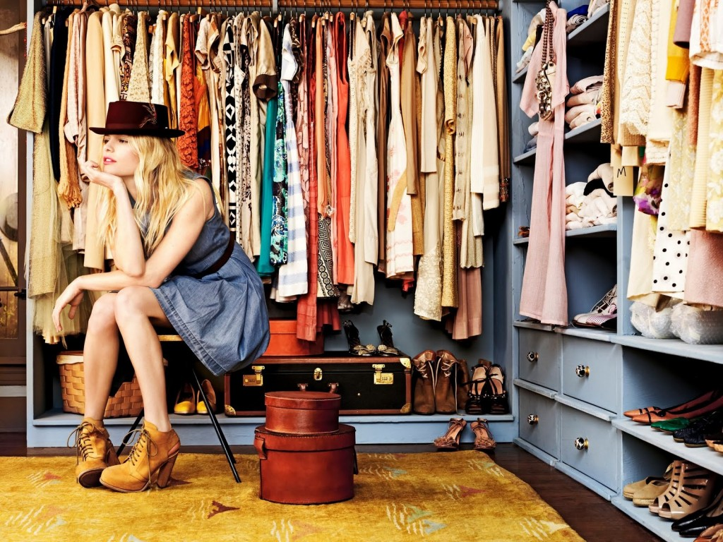 Closet Cleaning: 9 Items You Need To Purge And Must Keep In Your Wardrobe