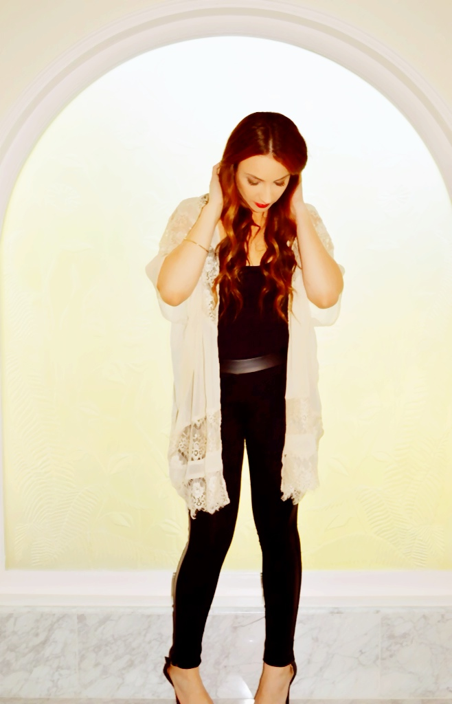Coachella Outfits - Evening outfit for chilly Coachella weather