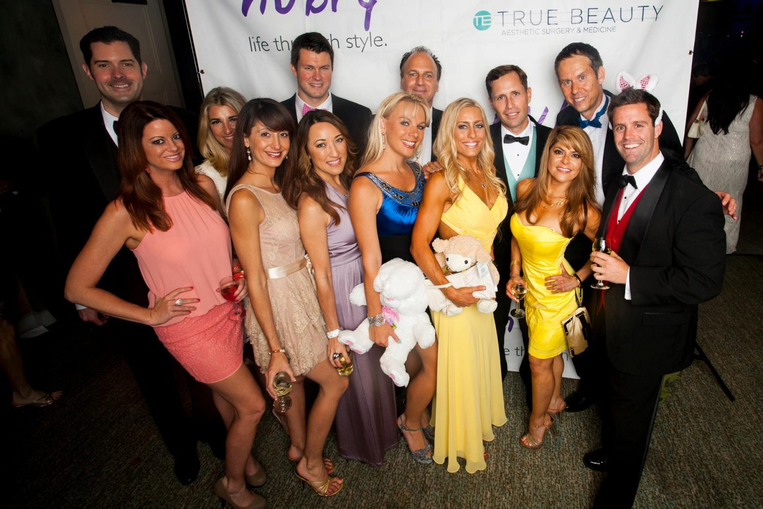 The Romance dating show cast 10 Most Stylish San Diego Guests At Easter Gala 2014 11