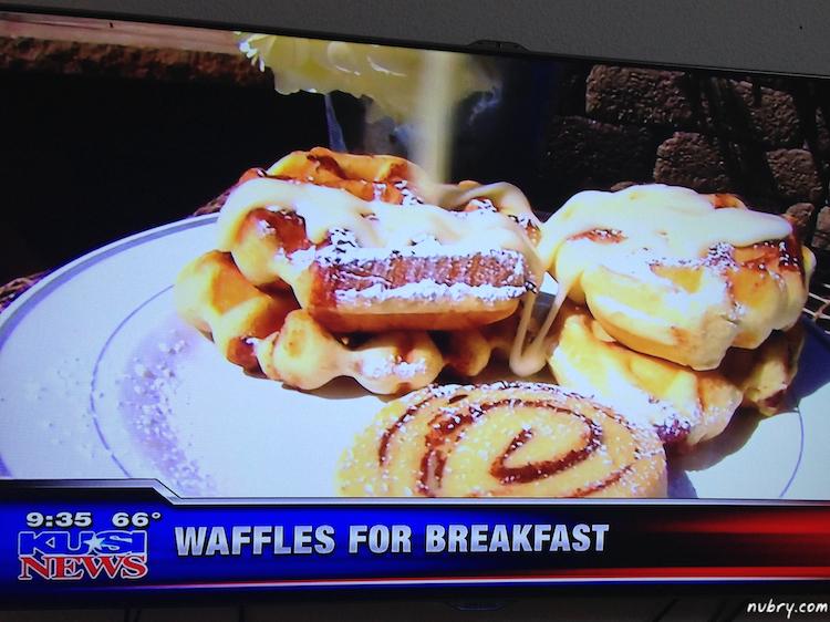 Sunday Brunch Waffle Bar - Fathers Day Waffle Brunch Ideas 2 (1)