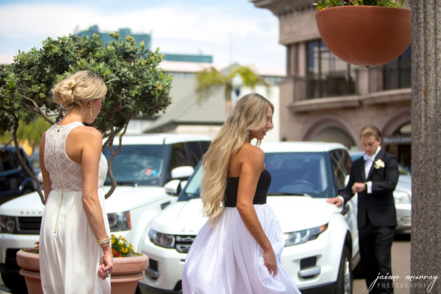 white party dresses - what to wear to white tie gala 3 (1)