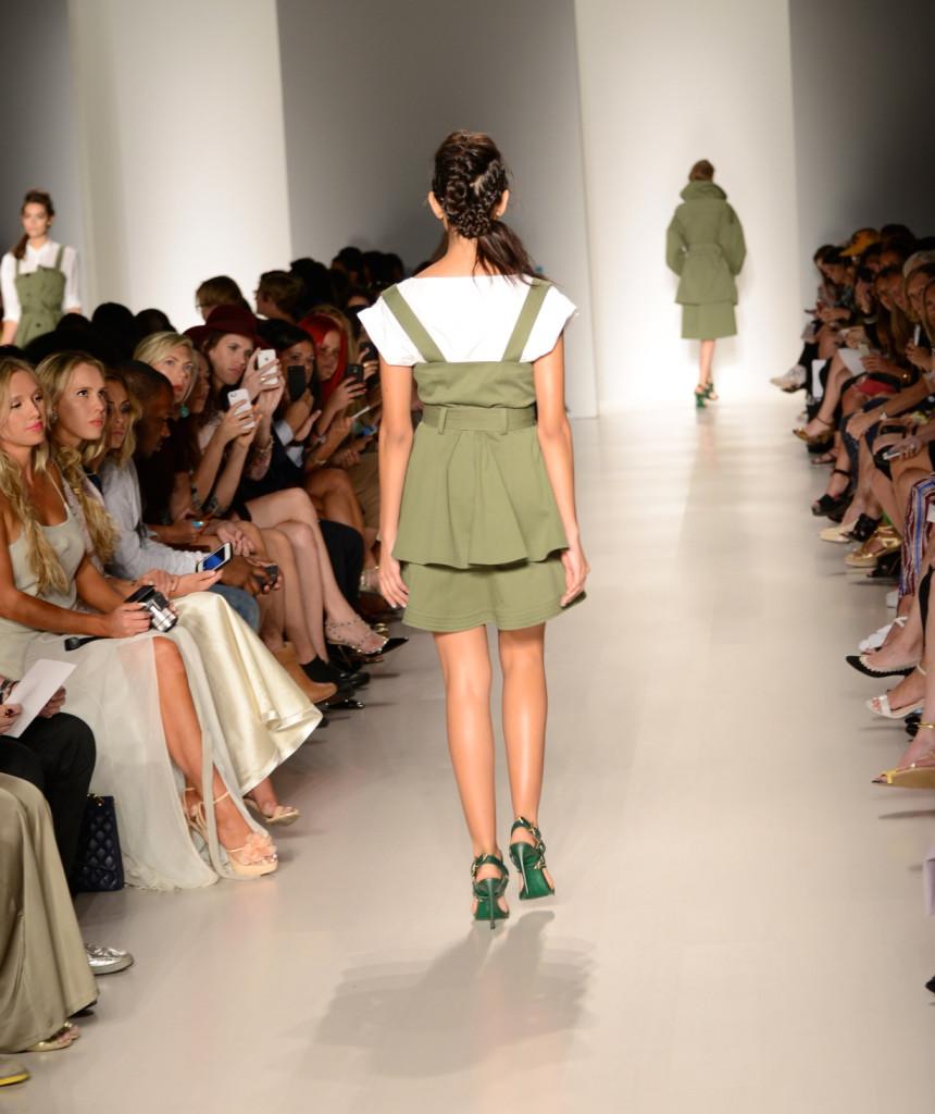 nubry new york fashion week spring 2015 street style - Yuna Yang Collection 1 (1)