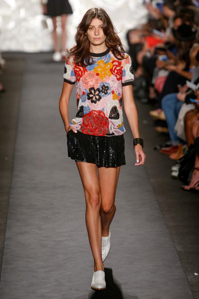 Naeem khan spring 2015 sequin embellished shorts top