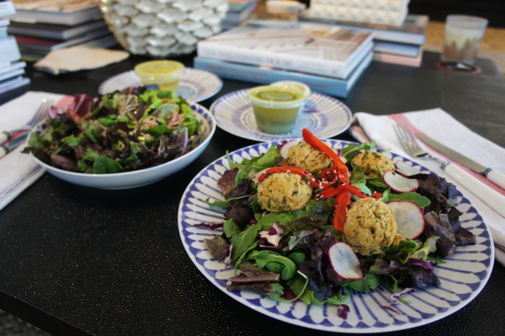 vegan diet - Sakara organic food delivery