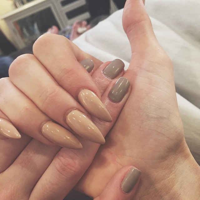 fall nail colors - neutral manicure - kylie and kendall jenner