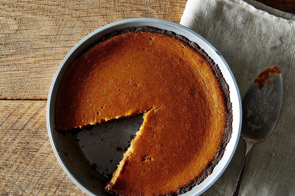 Plant based thanskgiving - gluten free pumpkin pie