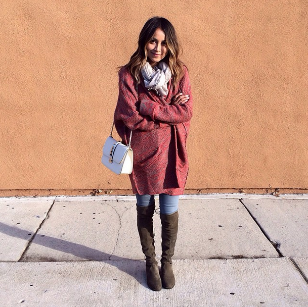 Photo Credit: Sincerely Jules' Instagram; Julie Sariñana is wearing a Free People cardigan coat.
