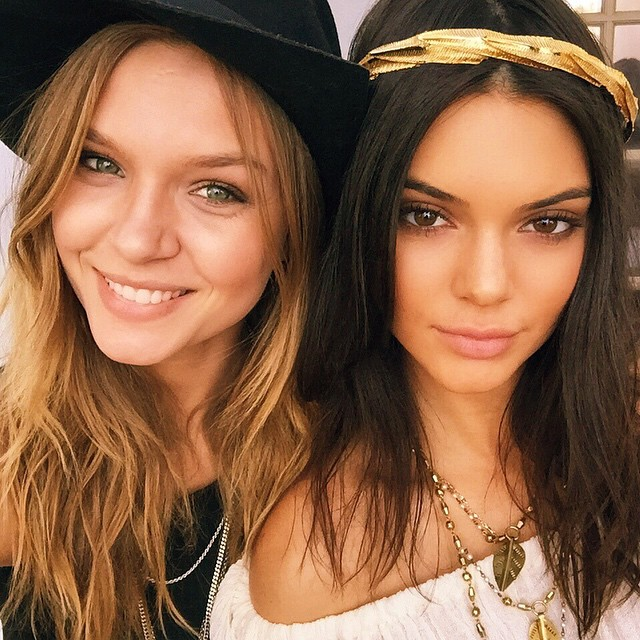 coachella fashion trends 2015 - gold flower crown - kendall jenner