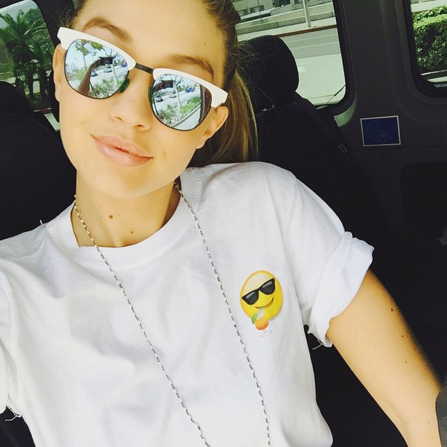 coachella fashion trends 2015 - gigi hadid mirrored fun sunglasses