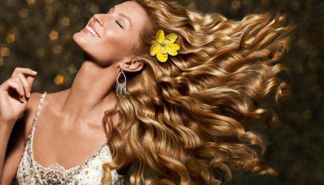 glossy hair - pantene pro-v ad