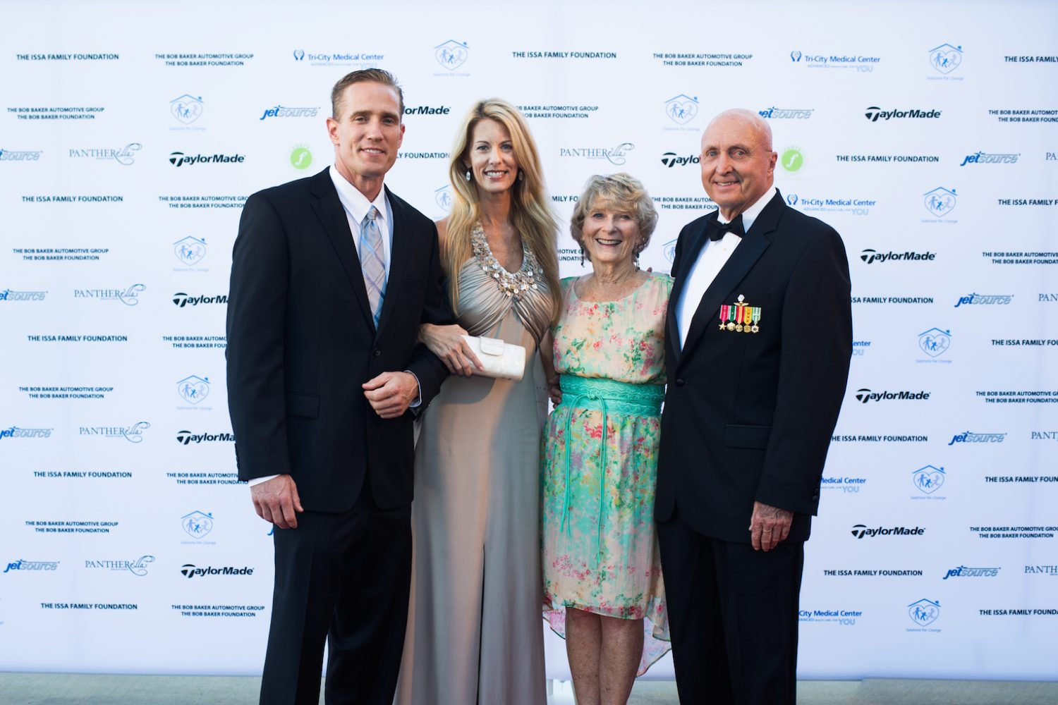 What To Wear Black Tie Gala Solutions For Change jetsource 2015 25