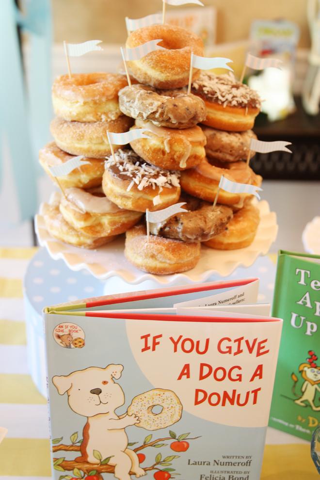 donut cake - childrens books to set baby shower theme