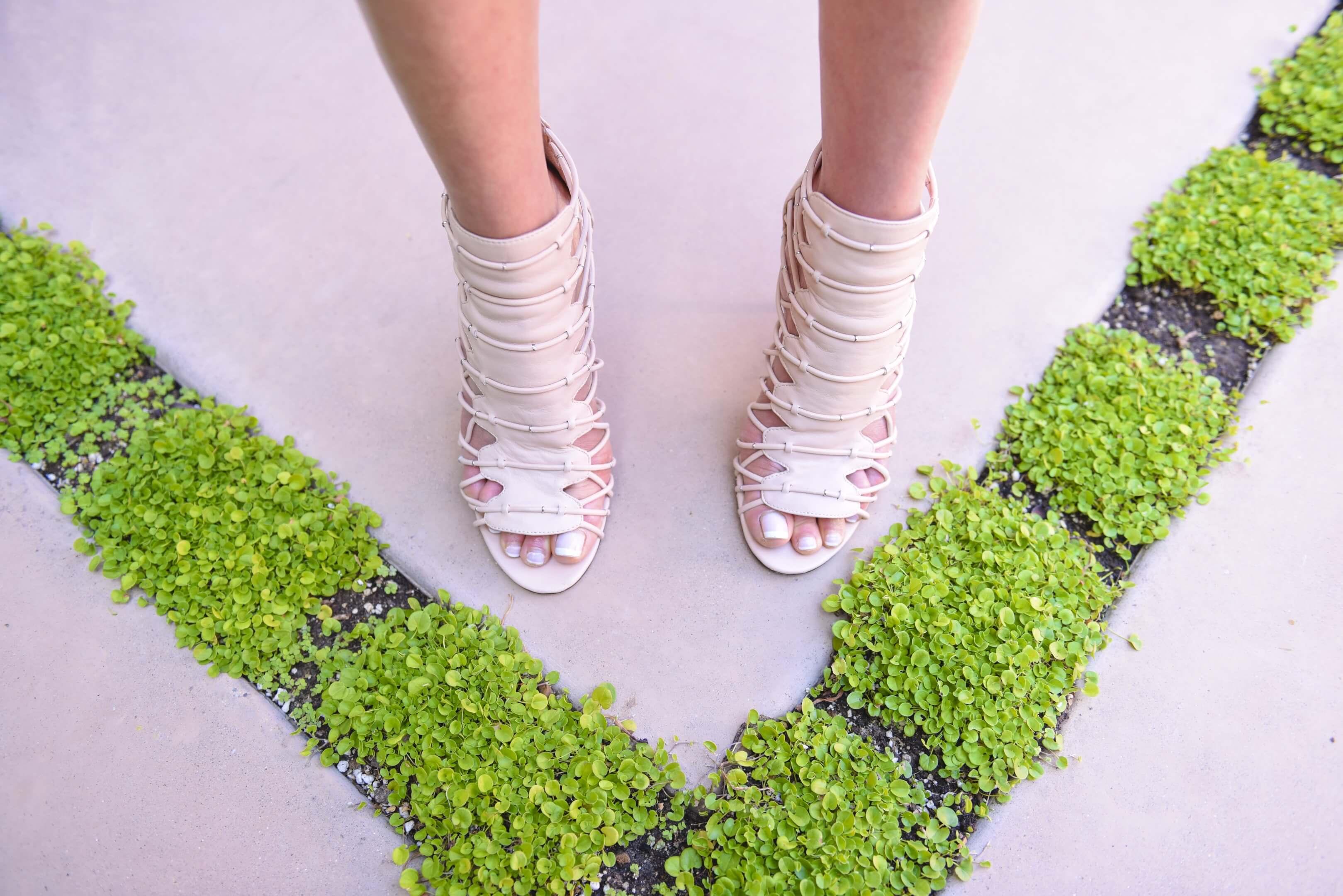 pour la victoire elaina gladiator sandal heels nubry blush 364