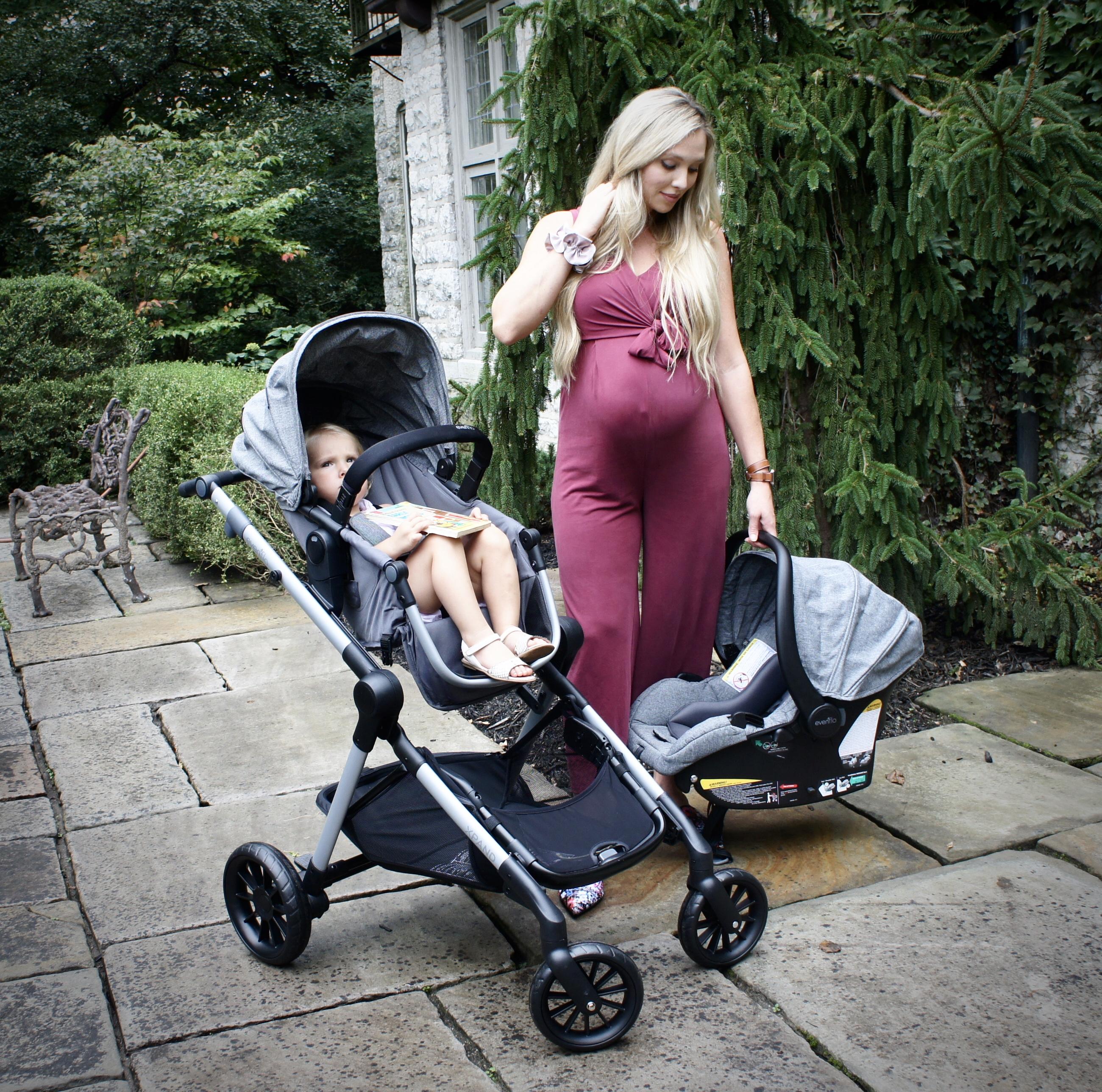 Evenflo Pivot Xpand Stroller fits 2 children